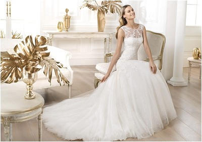 Gown and Glory Bridal Consignment Boutique